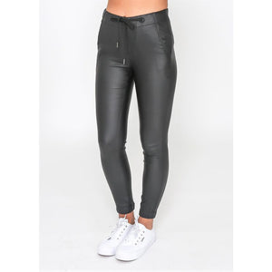 REVIVAL PLEATHER JOGGERS
