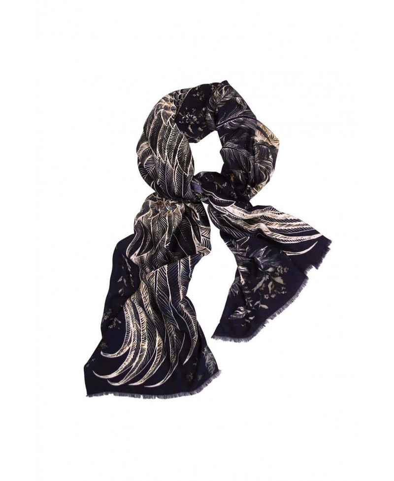 Black wings scarf