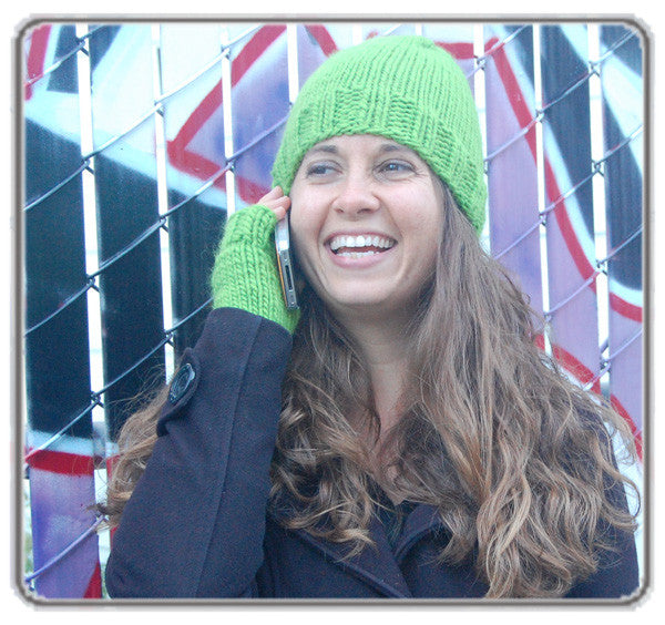 Outer Sunset Hat and Fingerless Mitts - Green Apple