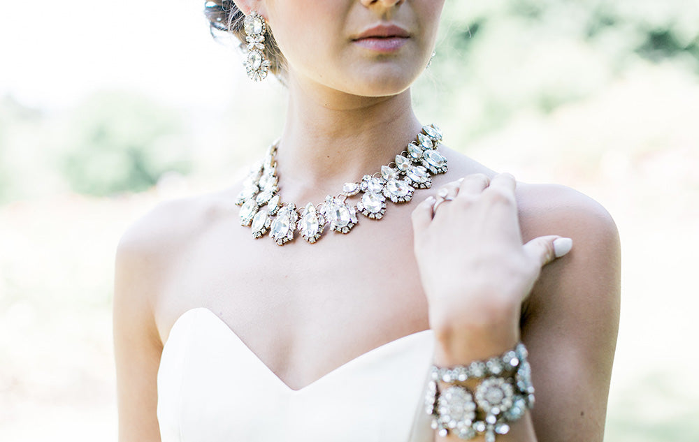 How to Pick the Perfect Wedding Jewelry for your Dress: Statement Bridal Jewelry