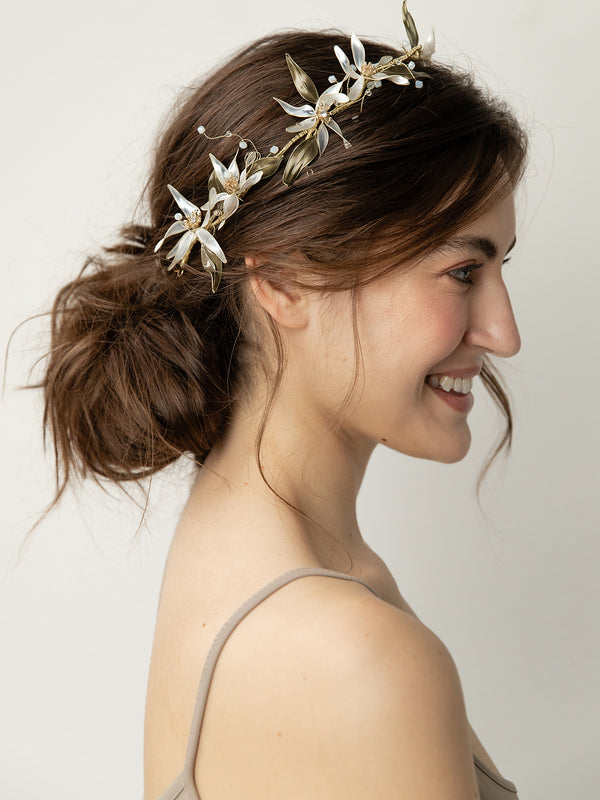 olive + piper Roslyn Floral Crown