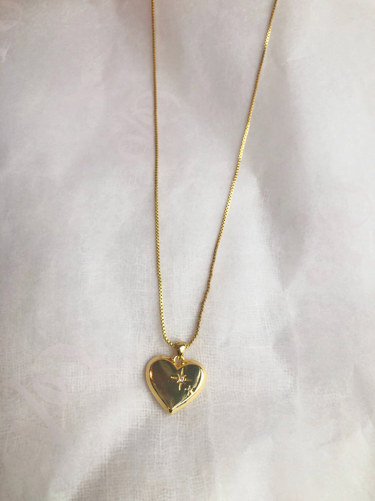 Amour Pendant (Sample)