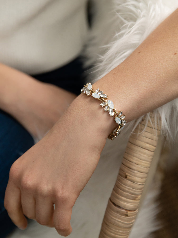 Load image into Gallery viewer, olive + piper Edna Crystal Bracelet
