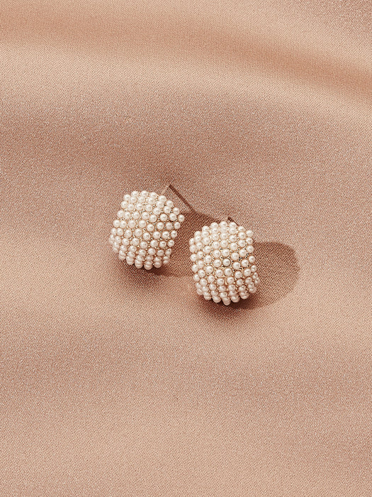 olive + piper Jordan Pearl Huggie Stud Earrings