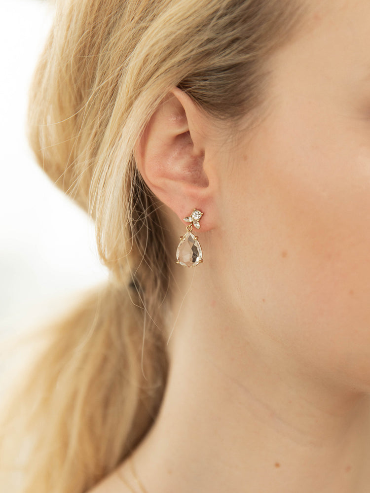 Load image into Gallery viewer, olive + piper Tilda Drop Earrings