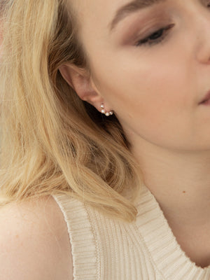 Load image into Gallery viewer, olive + piper Somi Huggie Hoops