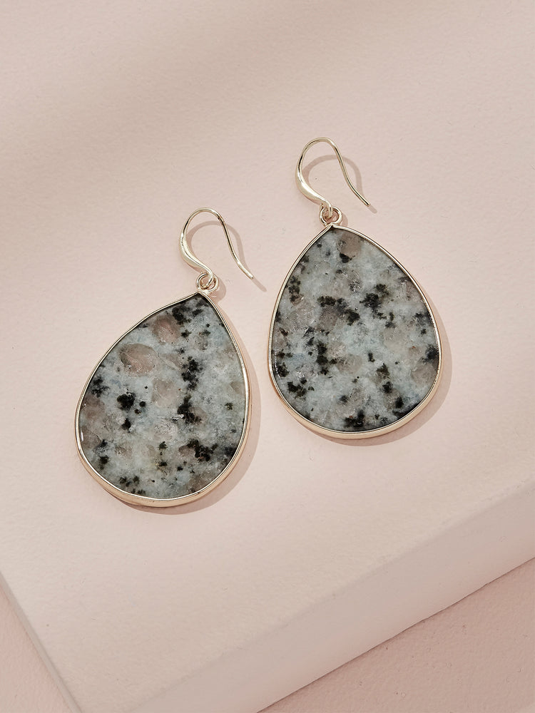 Load image into Gallery viewer, olive + piper Wolfe Drop Earrings