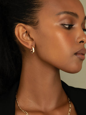 Load image into Gallery viewer, olive + piper Paige Hoop Earrings