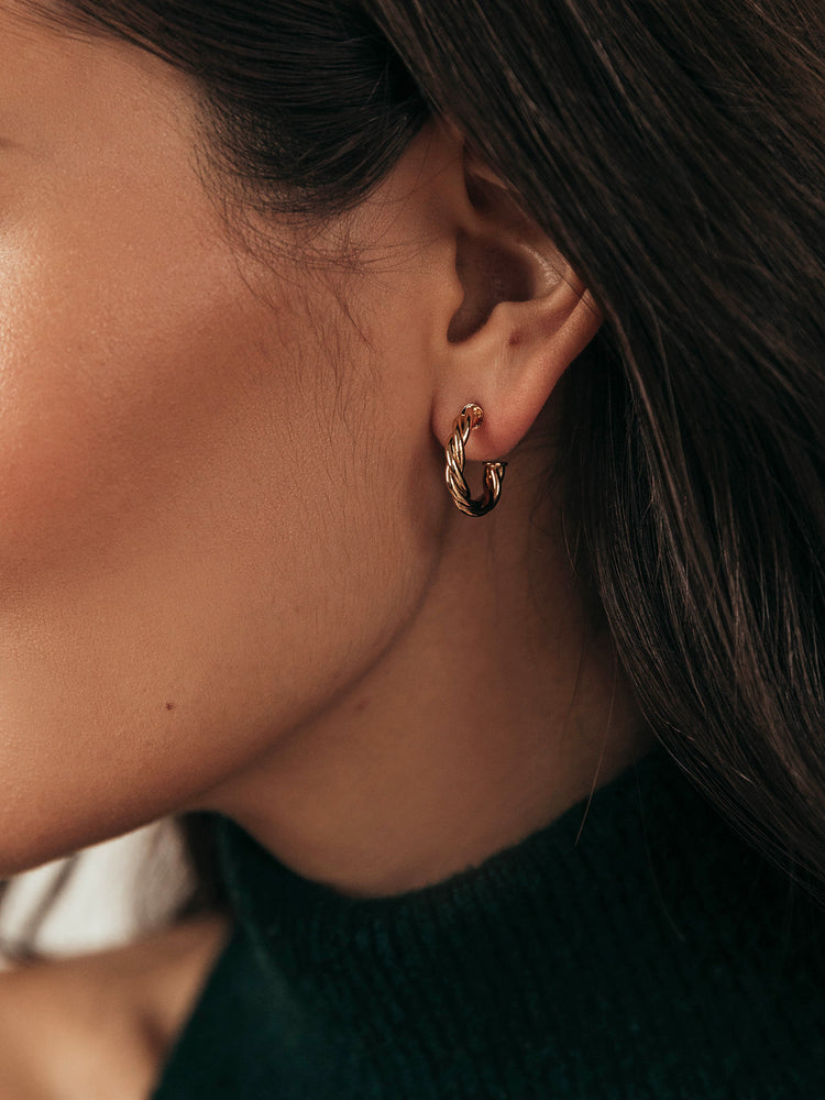olive + piper Amelie Hoop Earrings