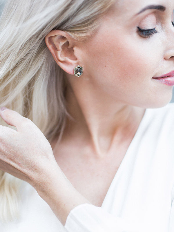 Black Gems - Elody Stud Earrings
