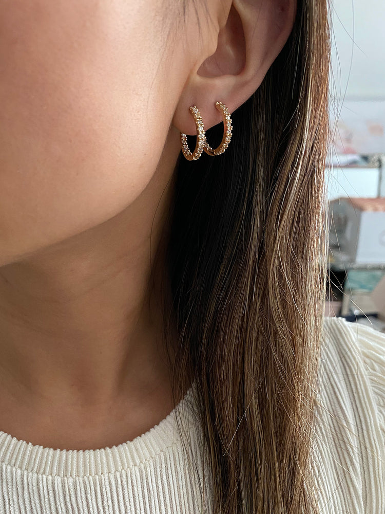 olive + piper Mina Hoop Earrings
