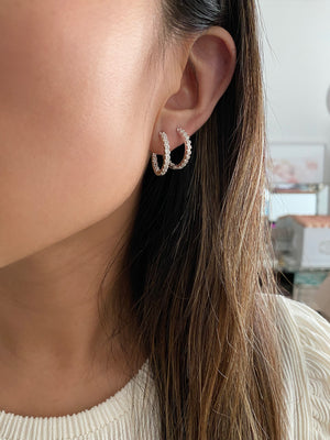 Load image into Gallery viewer, olive + piper Mina Hoop Earrings