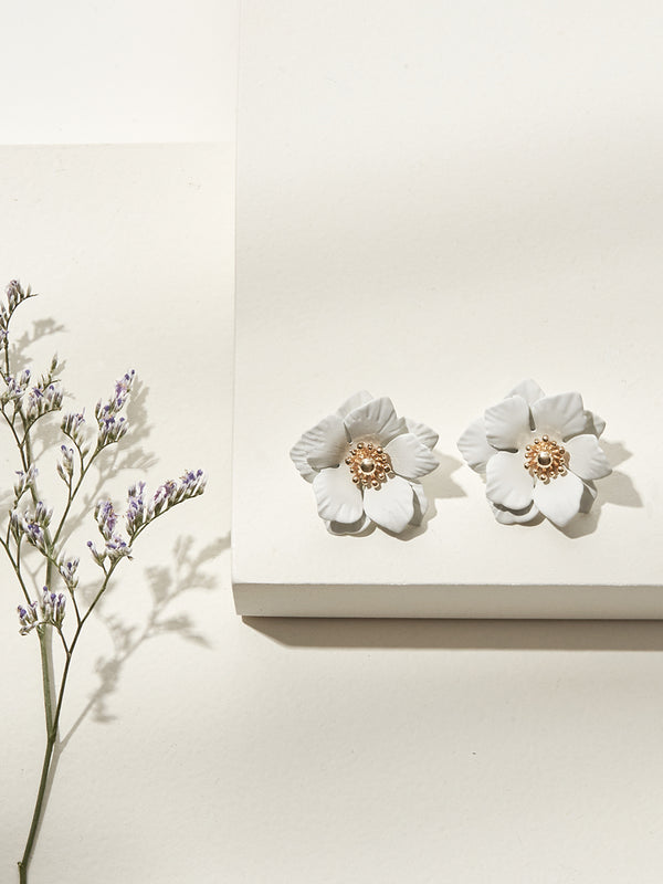 olive + piper Magnolia Stud Earrings - white