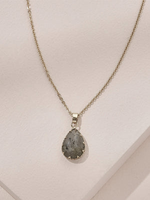 Load image into Gallery viewer, olive + piper Peyton Pendant Necklace - Labradorite