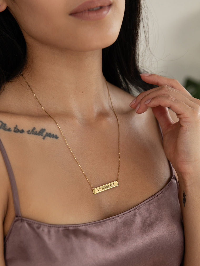 olive + piper Roman Numeral Bar Necklace