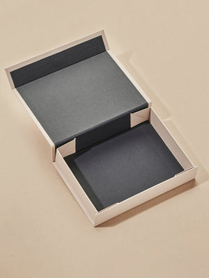 Load image into Gallery viewer, olive + piper Gift Box