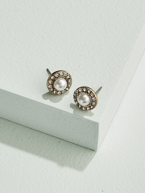 olive + piper Pearl Halo Stud Earrings