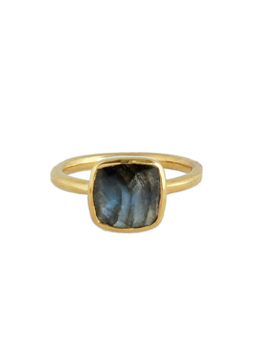 olive + piper Skyler Cushion Ring - Labradorite
