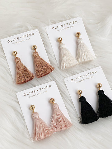 olive + piper Tassel All the Way Earring Set
