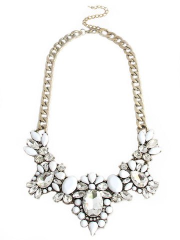 olive + piper Anastasia Floral Necklace