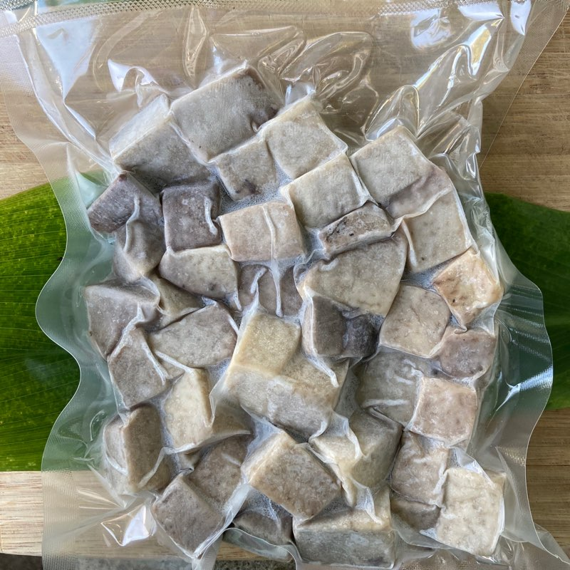 Steamed and peeled Kalo (Taro) - 10 oz