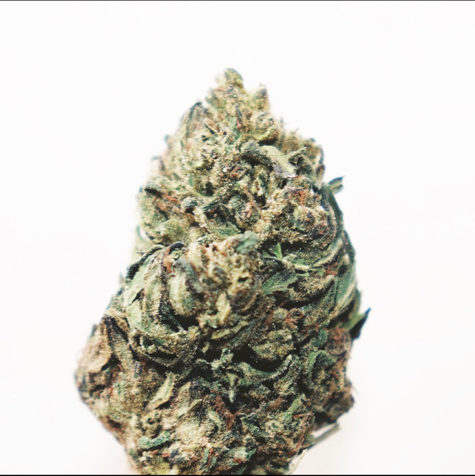 [SOLD OUT]Hulk -16.9% CBD, Lime & Pine, Hybrid, Anytime, Outdoor Grown