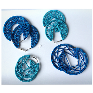 Thread earrings - Light Blue