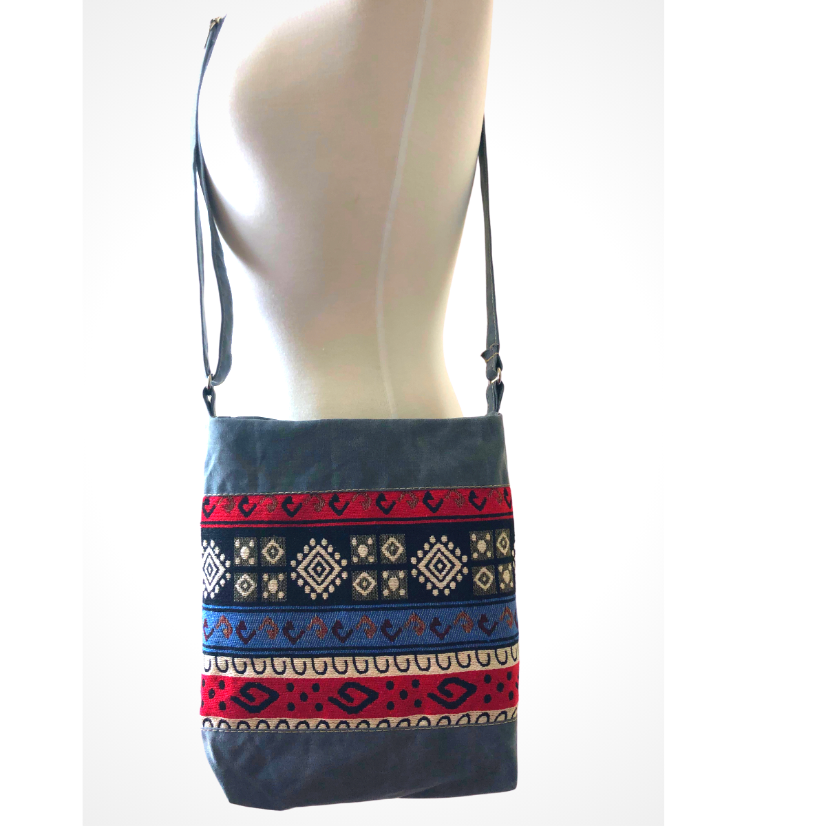 Handwoven Crossbody Purse - Grey, White & Red