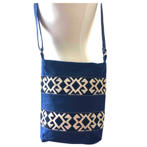 Handwoven Crossbody Purse - Navy & White
