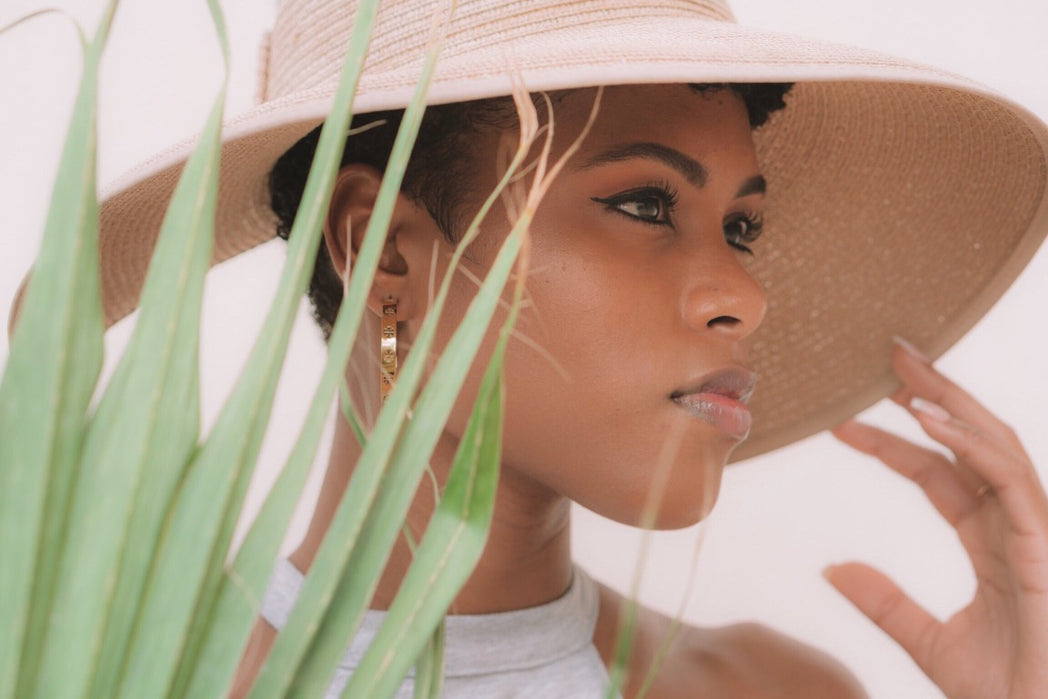 10 Tips & DIYs For Glowing Summer Skin
