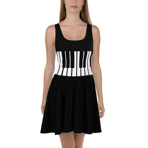 piano player black Dress