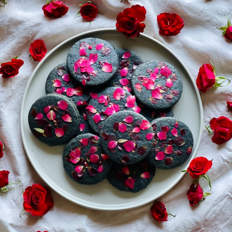 Onyx Chocolate + Red Rose Cookies
