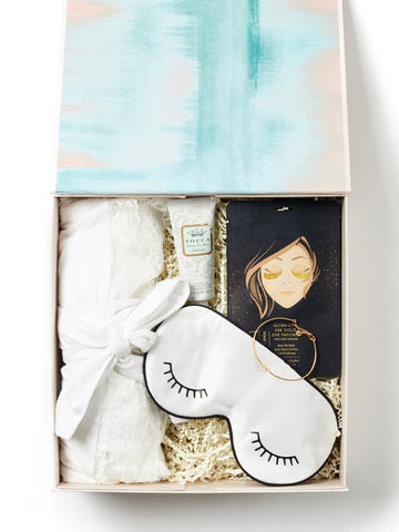 Pamper / Soft White Gift Box
