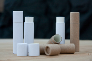 Simple & sustainable plastic-free packaging alternative for