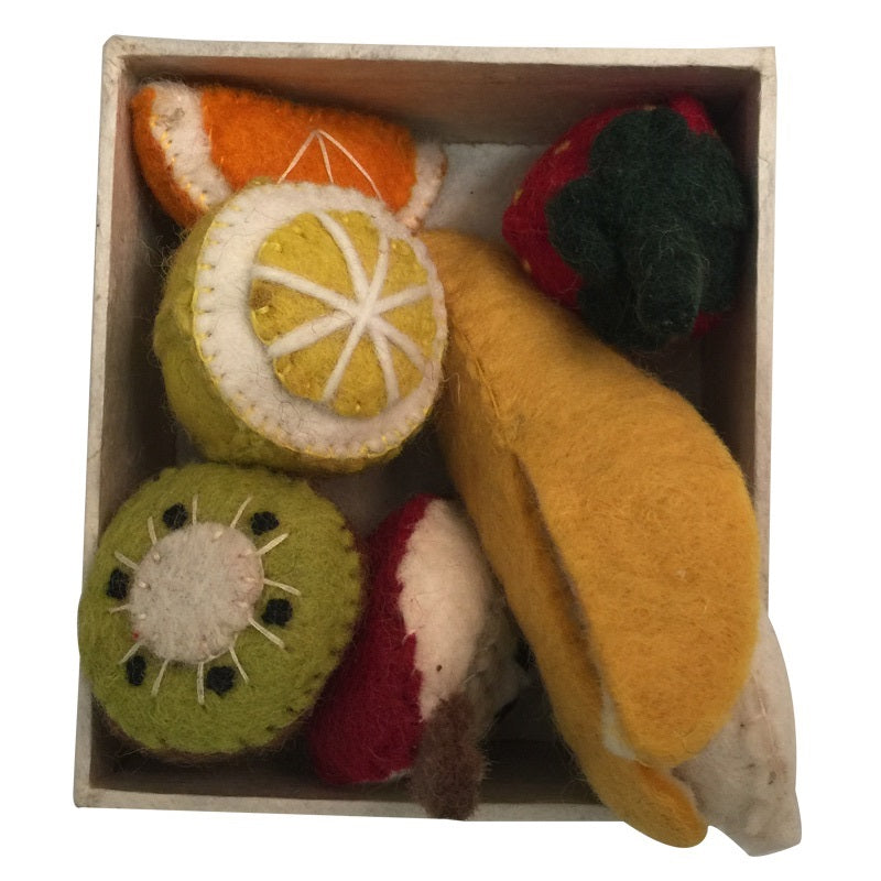Felt fruit set in box