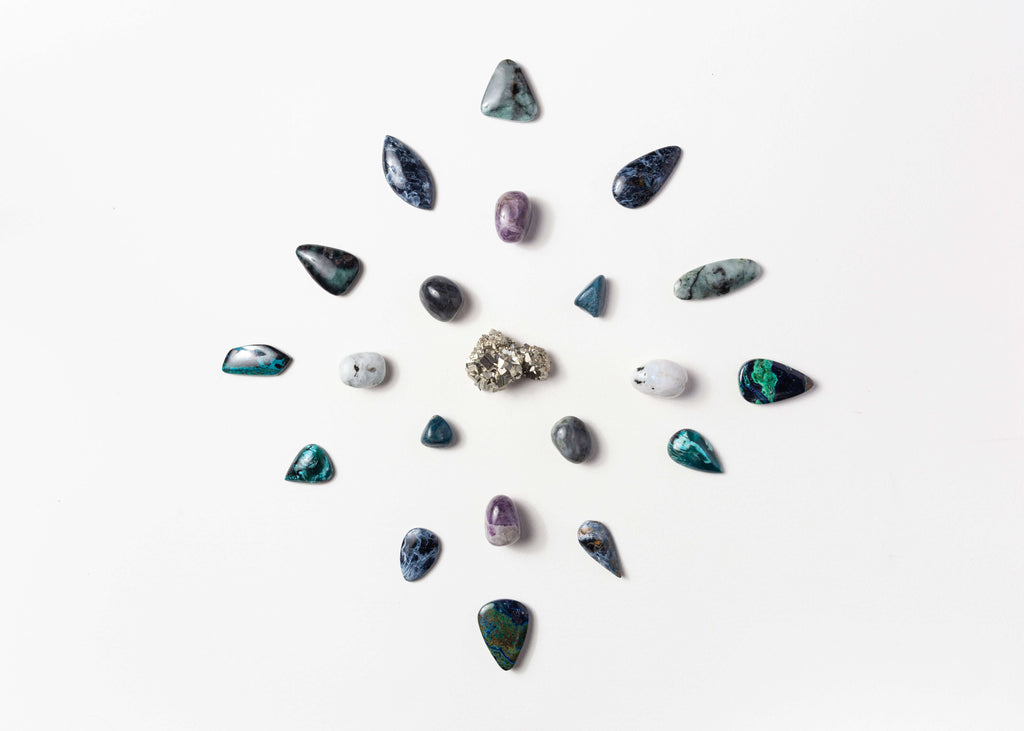 How to choose your crystal, gemstone and mala