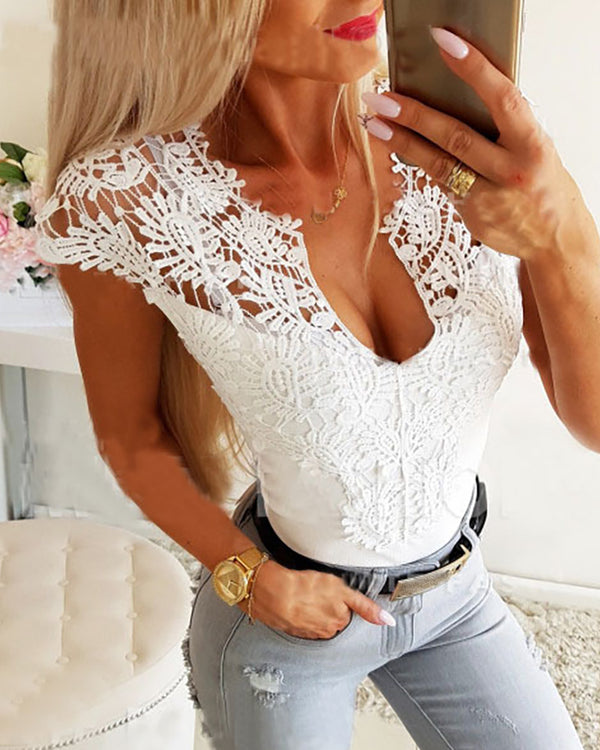 Crochet Lace Hollow Out Short Sleeve Blouse