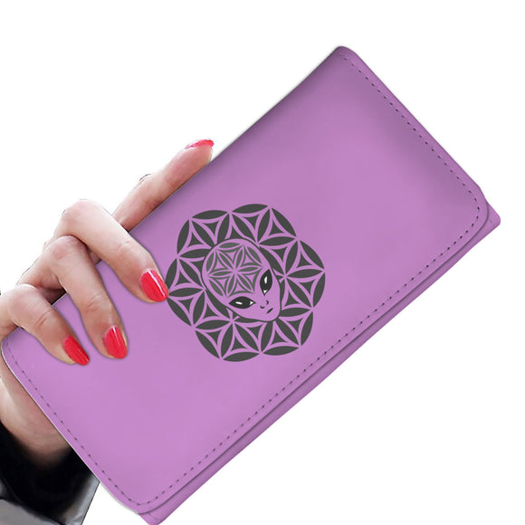 Lavender Alien Head Mandala Women's Wallet