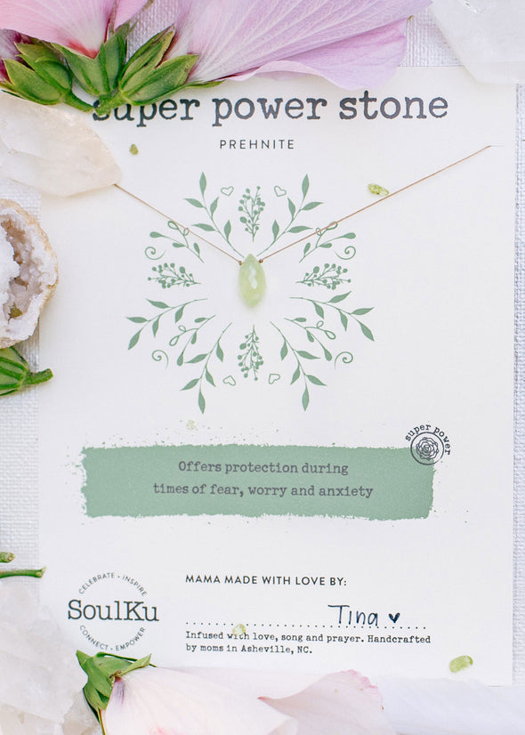 Super Power Stone Necklace in Prehnite