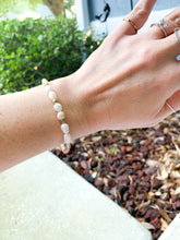 Load image into Gallery viewer, Freshwater Pearl Stretch Bracelet