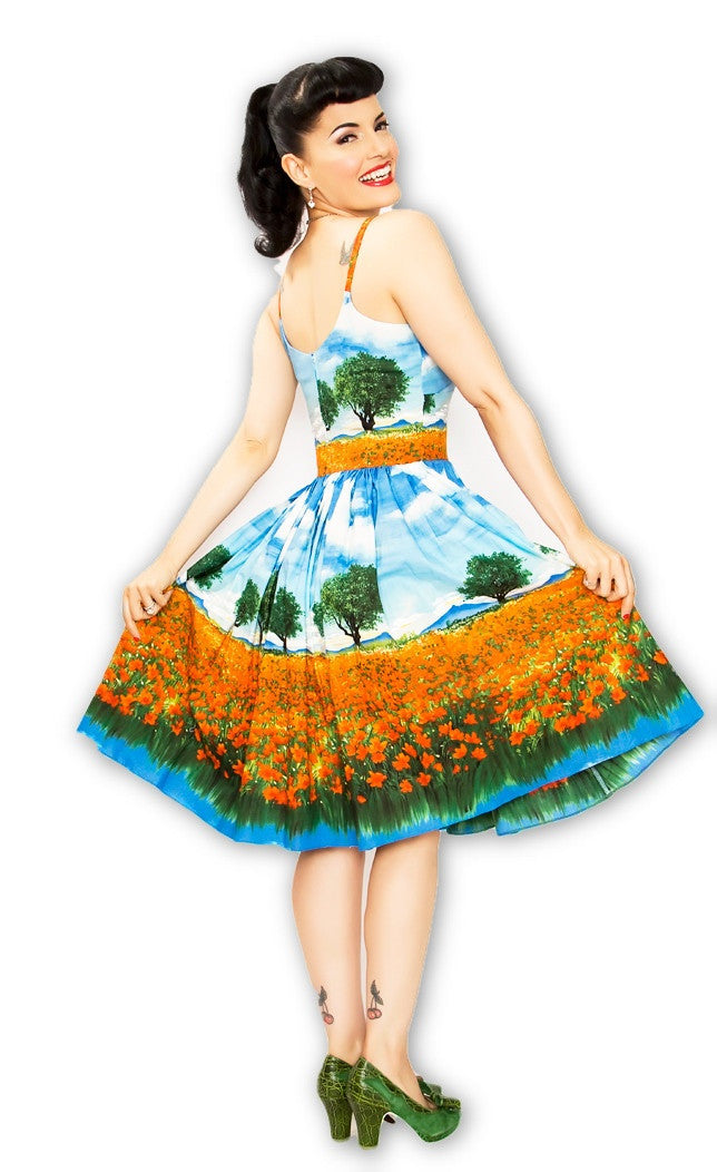 Chelsea Pin Up Dress in Essex Poppy Field - Bernie Dexter