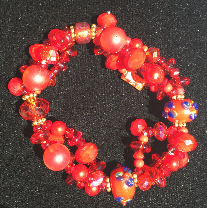 Beaded Glass Bracelet: Red Hot Flowers