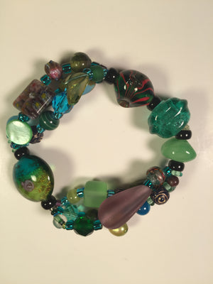 Beaded Glass Bracelet: Blue Green 2