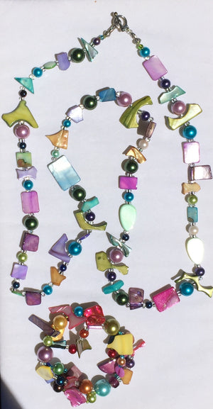 Beaded Glass Bracelet & Necklace set: Puzzles
