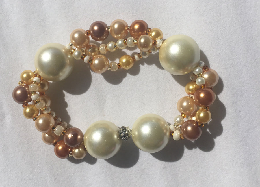 Beaded Glass Bracelet: Golden One