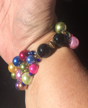 Beaded Glass Bracelet: Triple Strand Circles