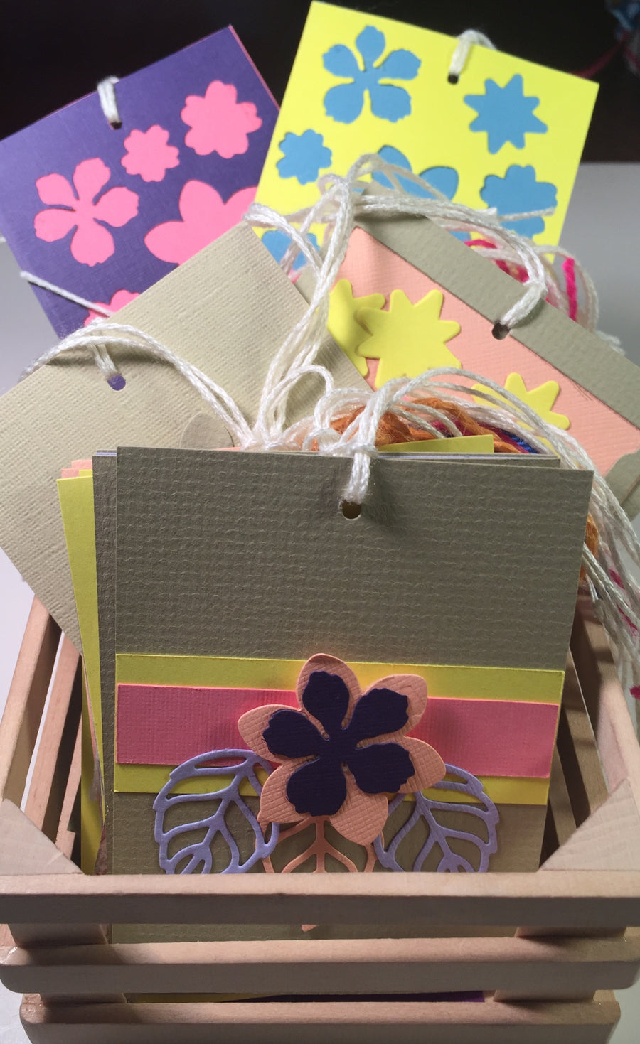 Gift Tags: Floral set of 60