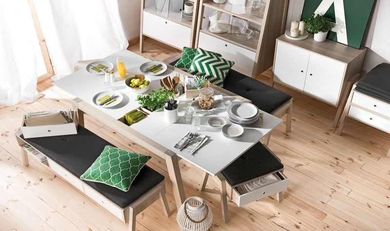 Foldable dining table (4 to 6 seater)