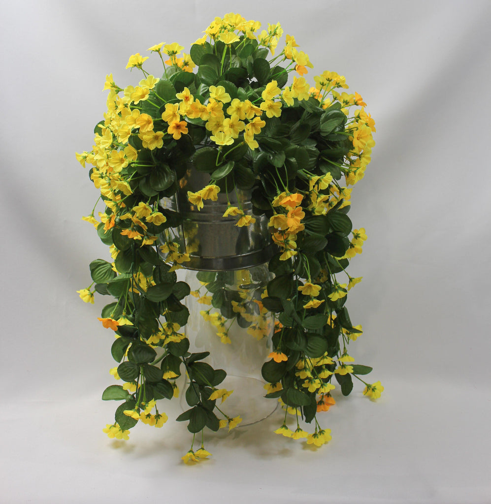 Hanging Blossom Cluster Yellow Or White 5332 5333 Silk Flowers