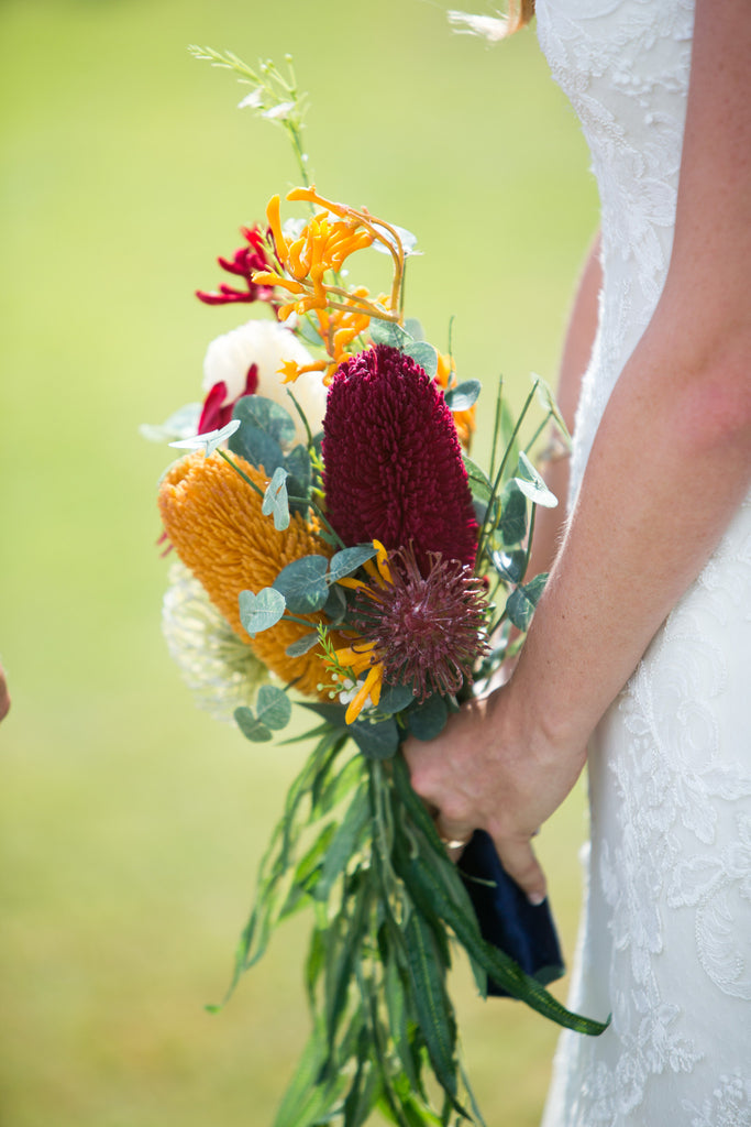 Wedding bouquet with Australian native flower flavour (bonus lapel) 5430